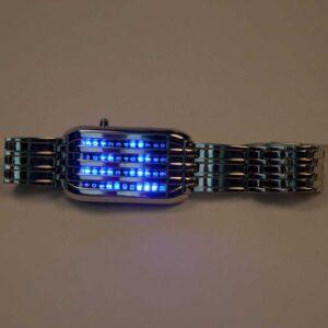 LED Uhr mit Stahlband